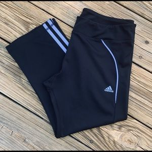 Adidas athletic Capri's size L